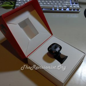 unboxing LifeCam HD 3000 red lid white inner box profile cam